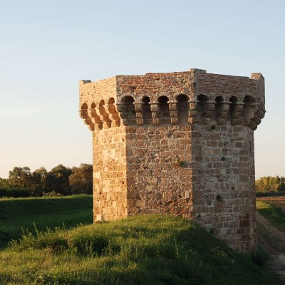 Tower on the reclamation path in Valdichiana