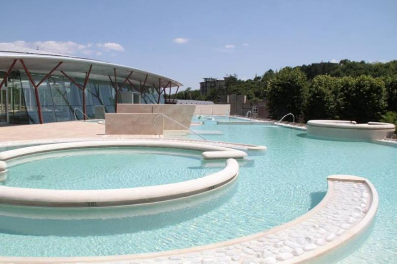 Theia thermal pool in Chianciano