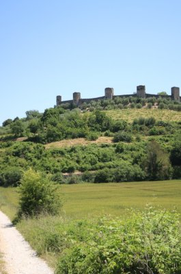 Monteriggioni as seen from the Via Francigena