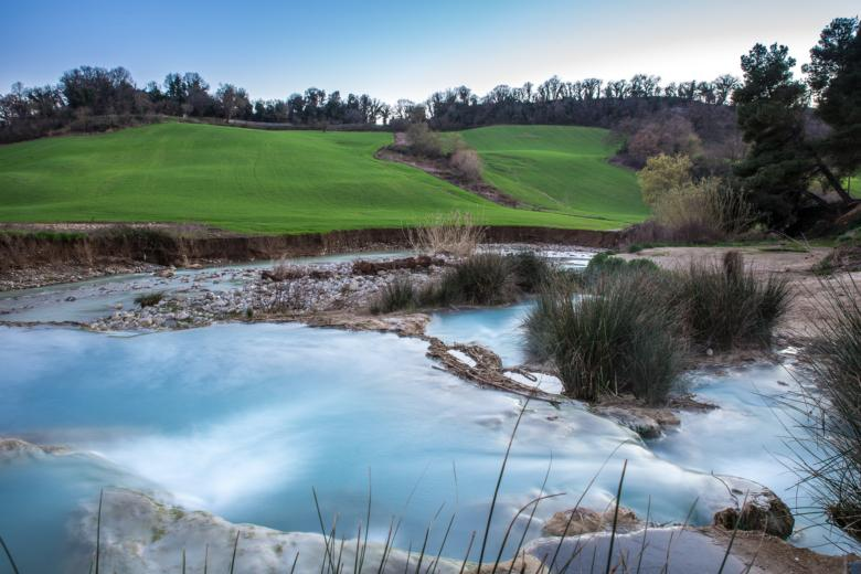 Free Thermal Baths of Saturnia