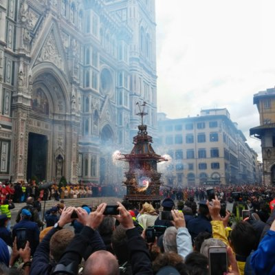 Explosion of the cart in Florence
