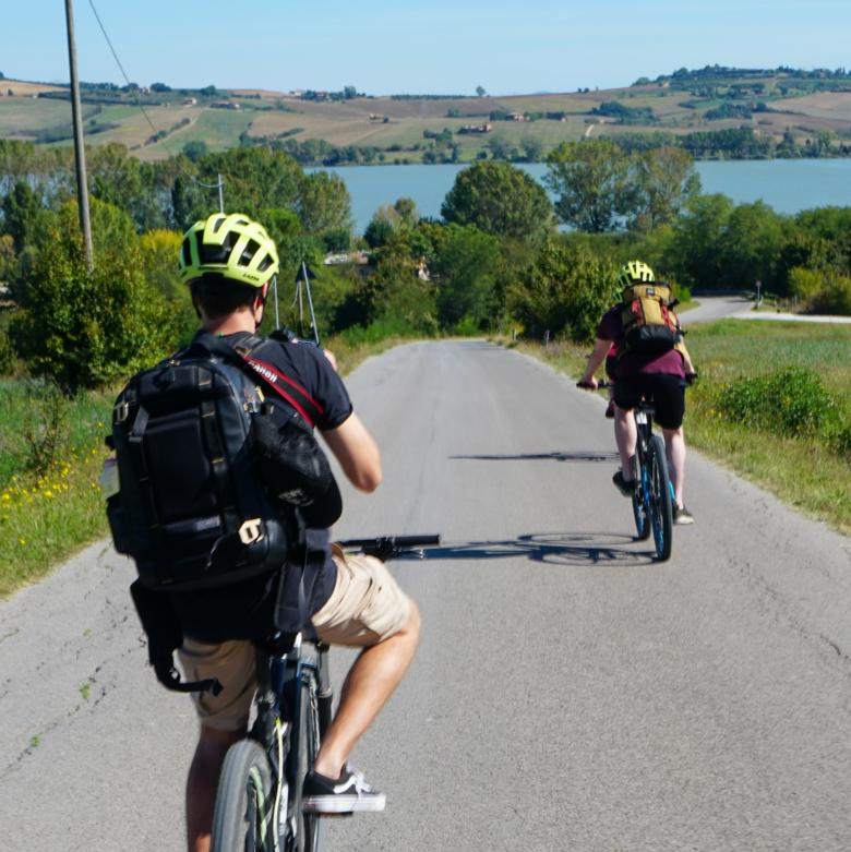 Bike ride to Chiusi Lake