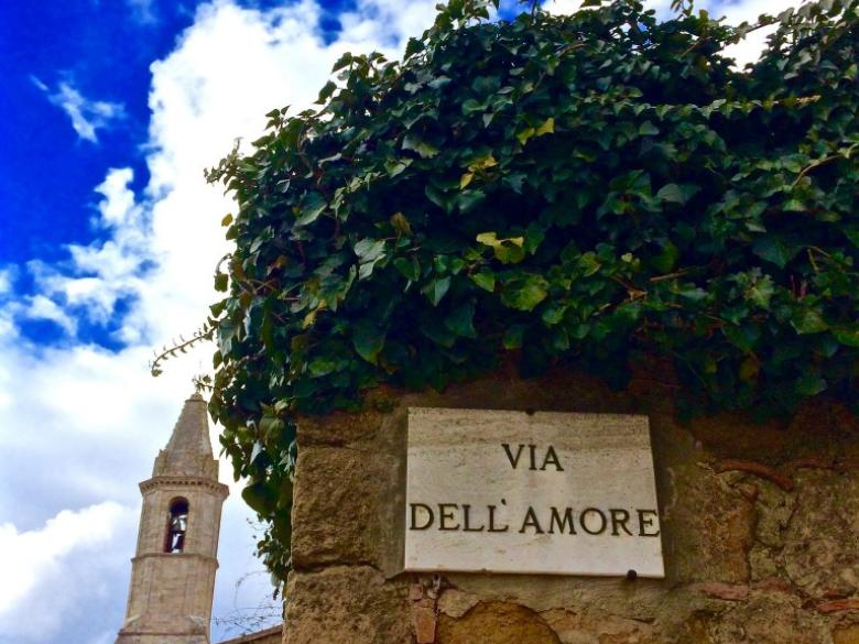 Via dell'amore in Pienza
