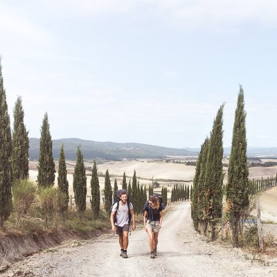 Luke e Nell di What if we waked? lungo la Via Francigena