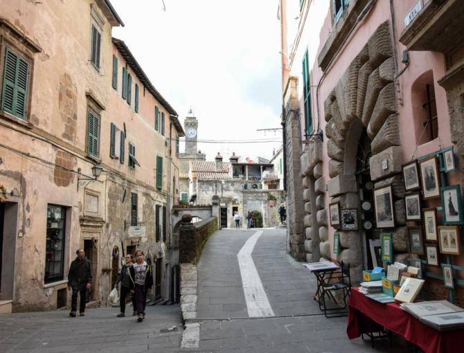 the streets of Sorano